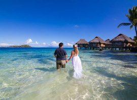 Romantic photoshoot in Bora Bora with Stephan Debelle Duplan