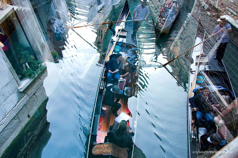 The Ultimate Romantic Gondola Experience in Venice