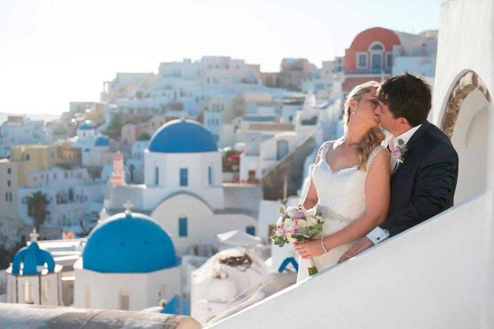 Santorini Greece Elopement Oia Wedding Photoshoot