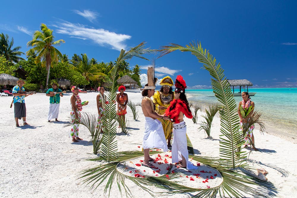 Real Couple's Dreamy Tahitian Wedding Ceremony in Bora Bora