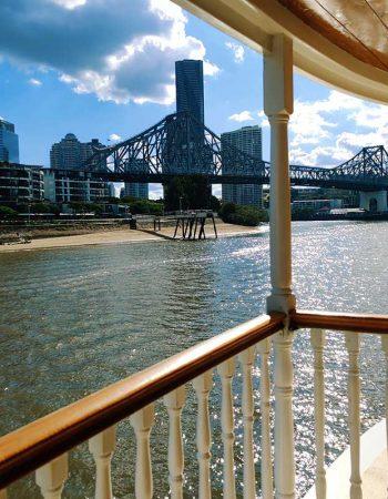 Dine and Cruise on the Kookaburra Showboat